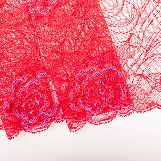 elastische Spitze in rot
