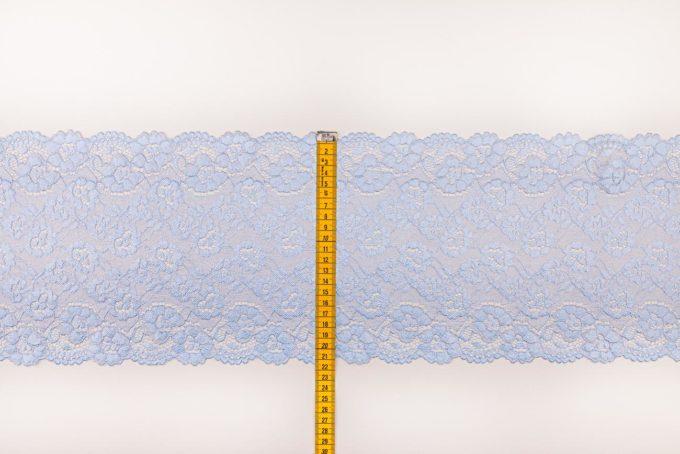 elastische Spitze in hellblau